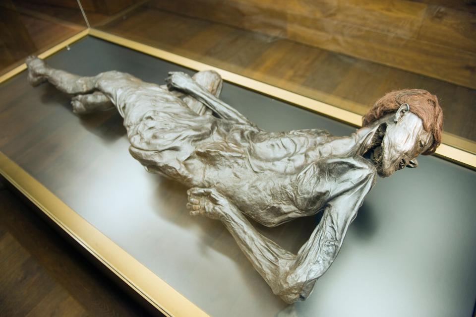 Bí ẩn loạt xác ướp 2.000 năm vẫn nguyên da và nội tạng - 1