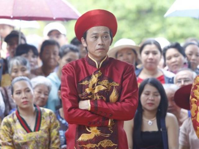 Hoài Linh cúng Tổ ở đền thờ 100 tỷ đồng
