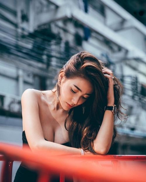 """Kỳ công chuyện giữ nhan sắc """"hái ra tiền"""" của nữ thần đồ lót Thái Lan - 5"""