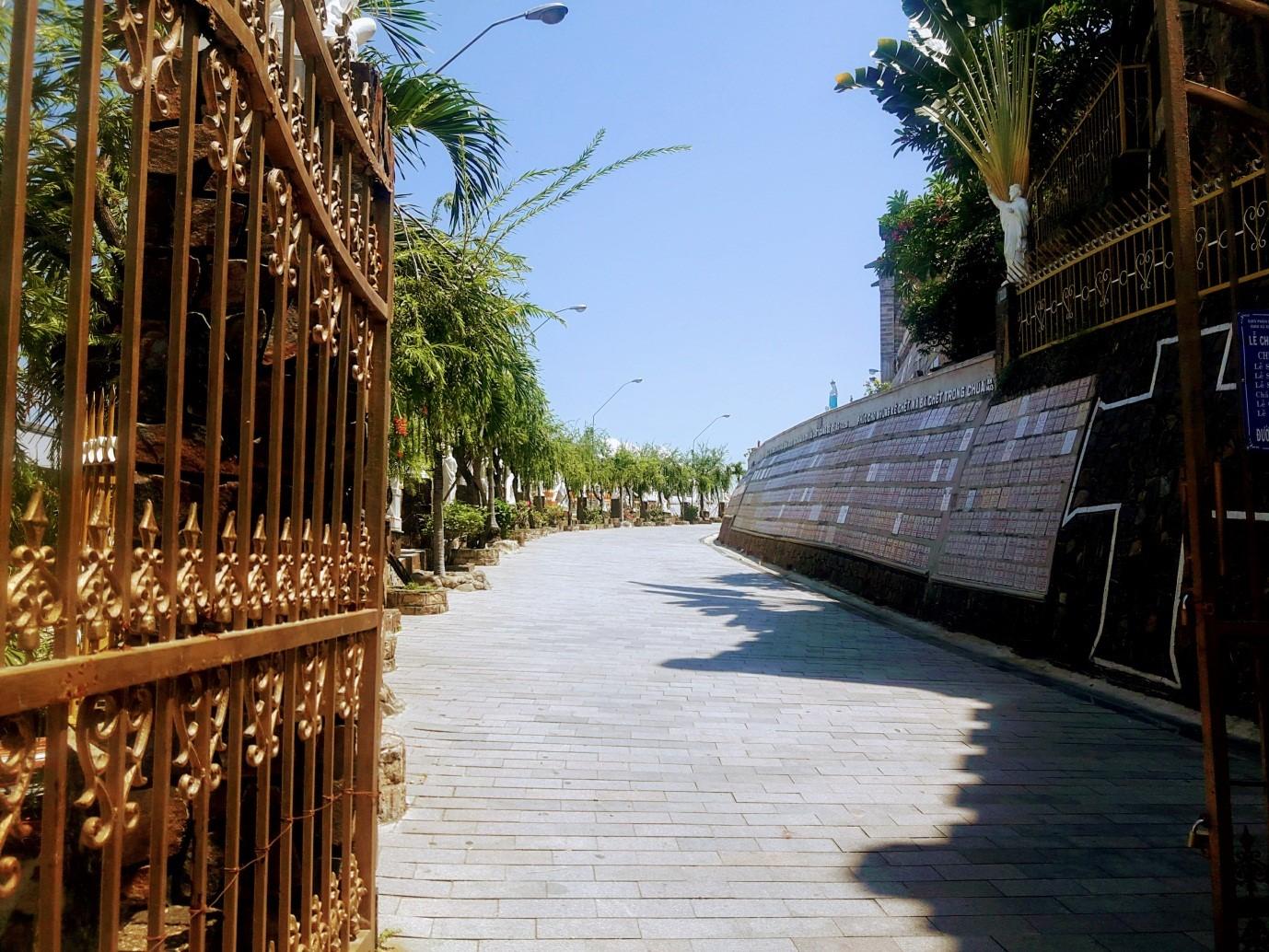 Du lịch Nha Trang để thấy Việt Nam đẹp mê đắm thế nào? - 33