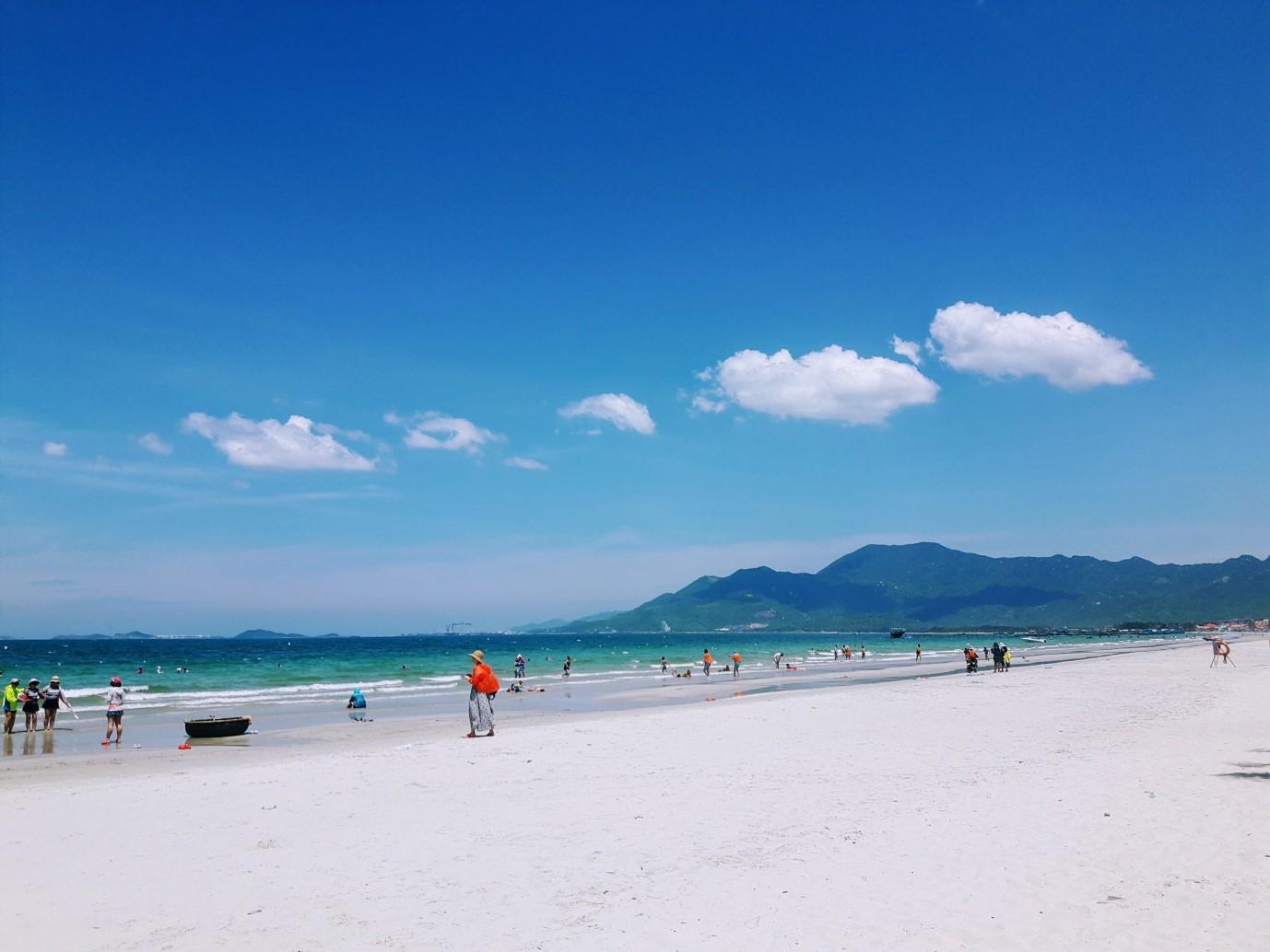 Du lịch Nha Trang để thấy Việt Nam đẹp mê đắm thế nào? - 41