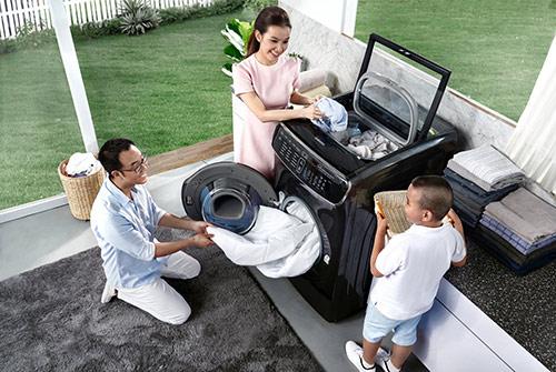 Máy giặt FlexWash thiết kế 2 lồng giặt giúp việc giặt giũ trở nên việc nhỏ - 1