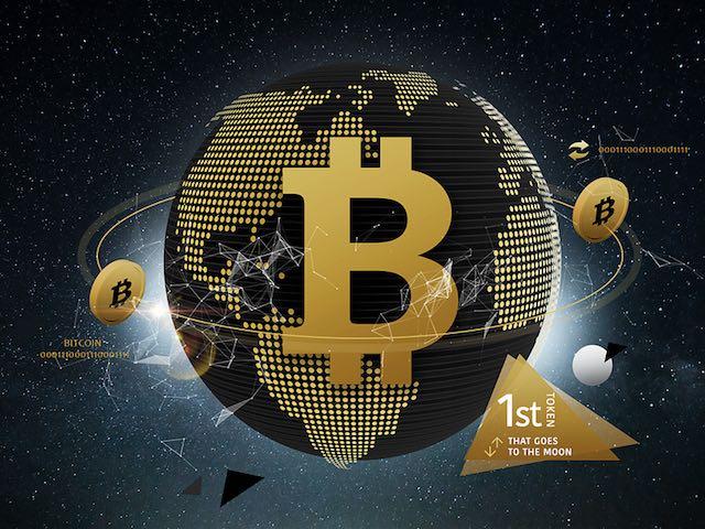 """Tiền ảo bitcoin vẫn rất """"hot"""" dù nhiều lần bị rung lắc"""