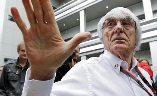 """Đua xe F1: """"Giao tiếp"""" bằng Facebook, đế chế thể thao cuốn hút trở lại - 1"""