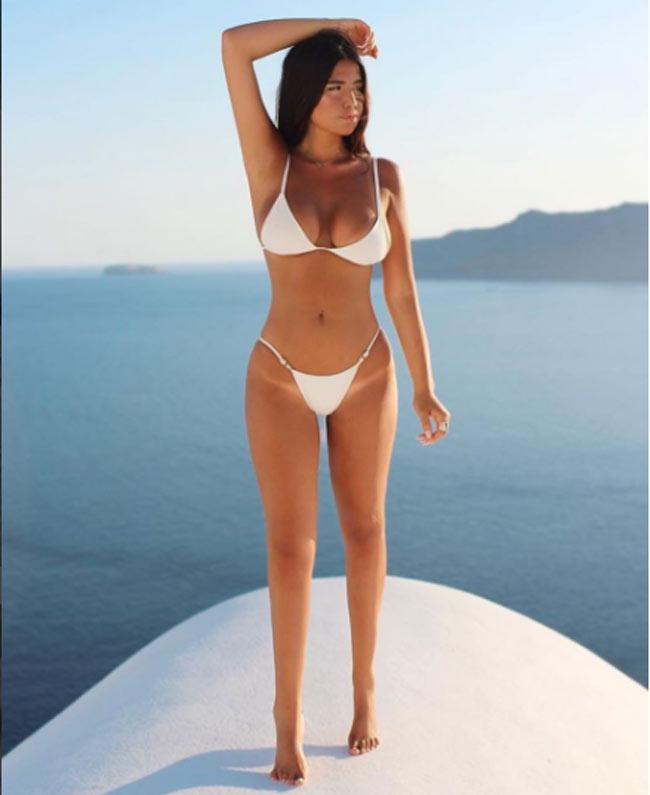 Thời đại ngày nay thuộc về những cô gái có thân hình siêu nóng bỏng