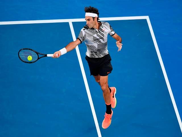 Clip hot tennis: Federer - Del Potro tạo siêu phẩm, khán giả hết vỗ tay lại ôm đầu
