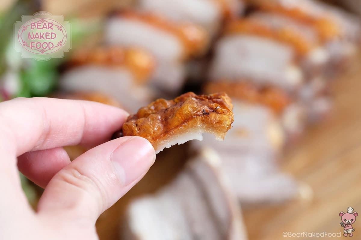 Chỉ cần thêm thứ này, món thịt heo quay sẽ giòn rụm ngon tuyệt hảo - 9