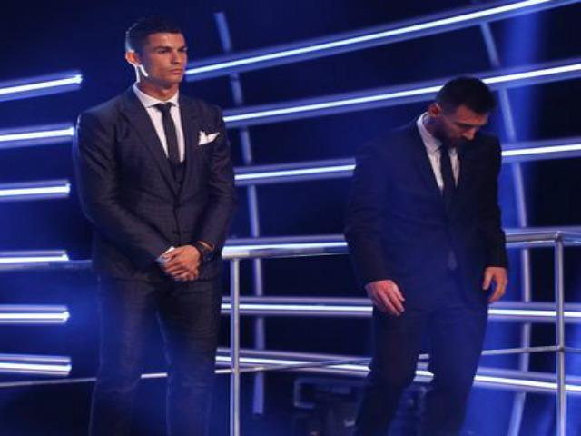 Messi lại thua Ronaldo: Đến lúc bỏ Barca, chọn PSG/Man City?