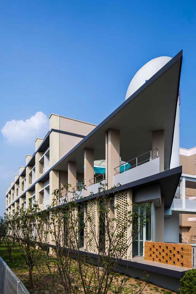 Kiến trúc độc đáo của trường Đại học Nhật Bản tại Việt Nam được ca ngợi - 8