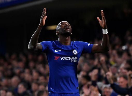 Chelsea - Everton: 4 phút bù giờ & 2 bàn cân não (vòng 4 League Cup) - 1