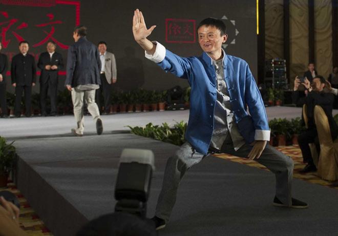 """Jack Ma """"cao thủ"""" Thái cực quyền: Biểu diễn gây sốt tại Việt Nam - 1"""
