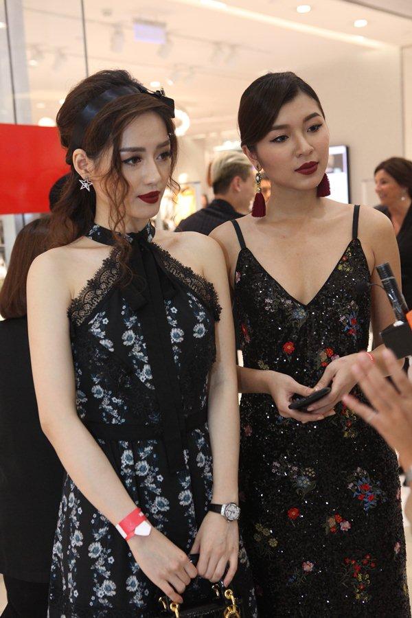 Bản sao Tâm Tít xinh như hoa trong sự kiện thời trang được giới trẻ háo hức - 2