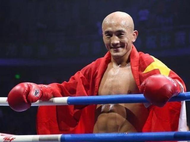 """Sốc: """"Đệ nhất Thiếu Lâm"""" là giả, võ tăng xịn ra mặt """"đòi nợ"""" Muay Thái"""