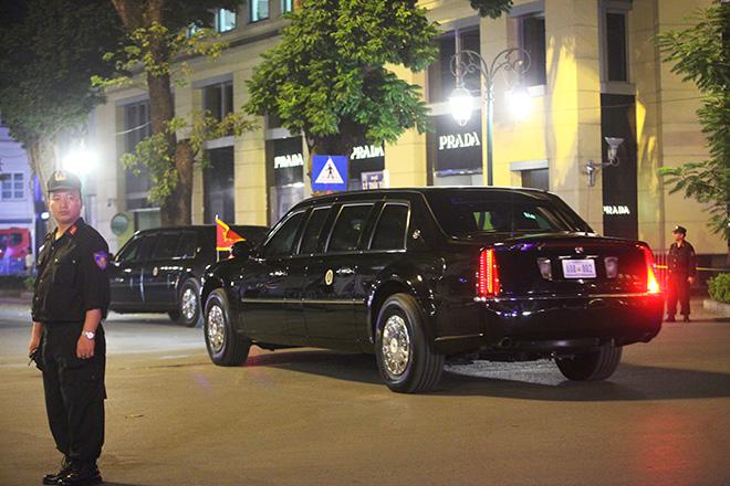 Trắng đêm bảo vệ Tổng thống Mỹ Donald Trump ở Hà Nội - 1
