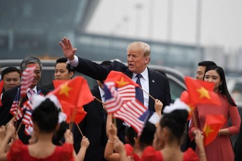 Forbes: VN là nước thành công nhất khi đón Tổng thống Donald Trump - 1