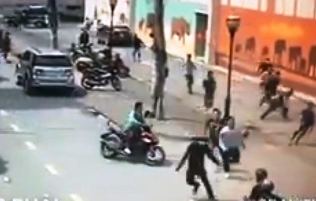 Cảnh sát nổ súng bắt băng trộm xe máy như phim hành động - 1