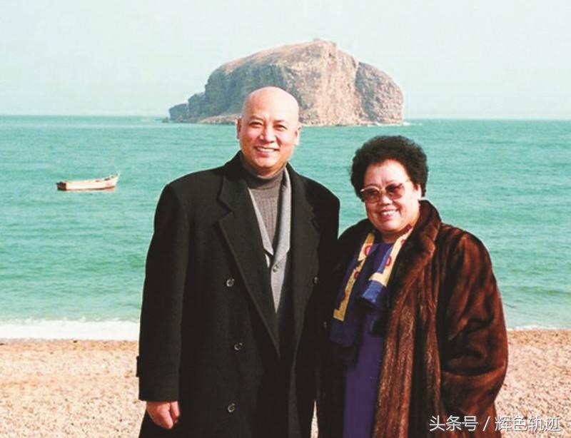 """65 tuổi, """"Đường Tăng"""" được thừa kế tài sản nghìn tỷ của vợ đại gia - 4"""