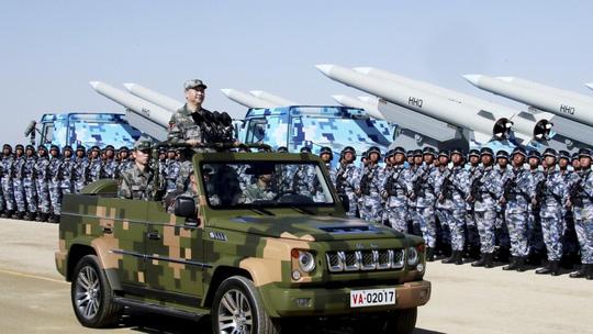 """Trung Quốc: Tướng """"ngã ngựa""""vì tham nhũng còn nhiều hơn tử trận - 1"""