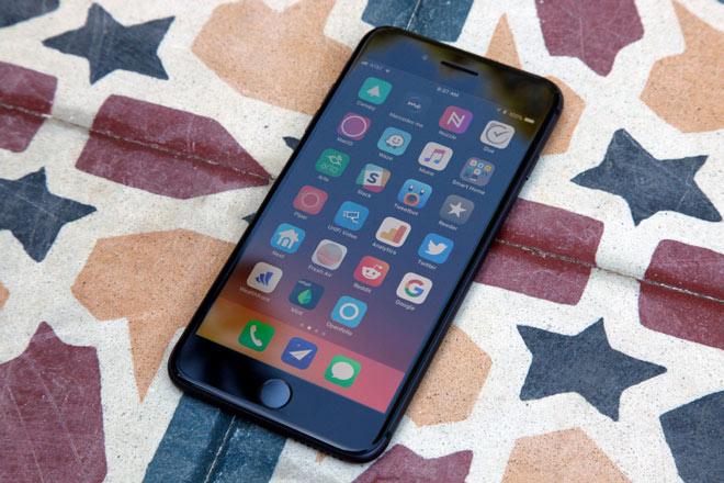 Ngoài iPhone X, iPhone 8, iPhone 7 và iPhone 6s đang giảm giá - 1
