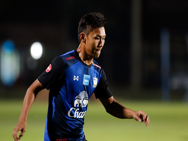 """Đàn em của """"Messi Thái Lan"""" háo hức chờ Công Phượng & U23 Việt Nam"""