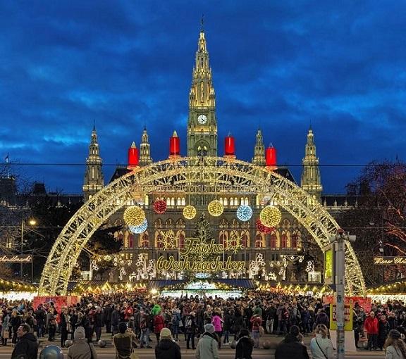 Không khí nóng rực tại 7 thành phố lộng lẫy nhất dịp Giáng sinh - 1
