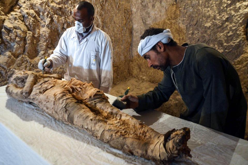 """Phát hiện xác ướp Ai Cập 3.500 năm """"gần như hoàn hảo"""" - 1"""