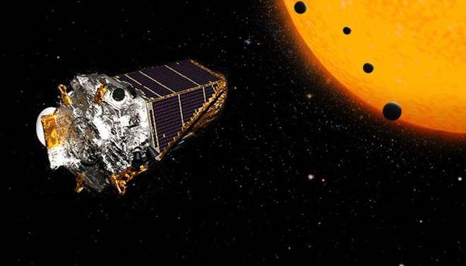 NASA chuẩn bị họp báo vào ngày 14/12: Đã tìm ra người ngoài hành tinh? - 1