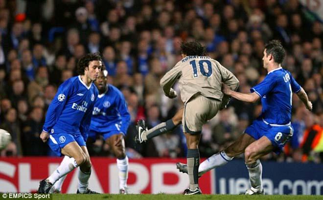 """Chelsea - Barca Cup C1: Messi ám ảnh, Hazard sẽ """"lắc hông"""" như Ronaldinho? - 1"""