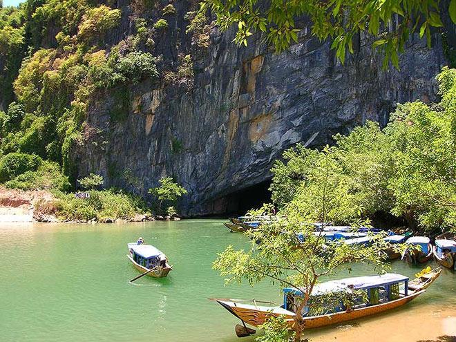 Phát hiện thêm 58 hang động tại Phong Nha - Kẻ Bàng - 1