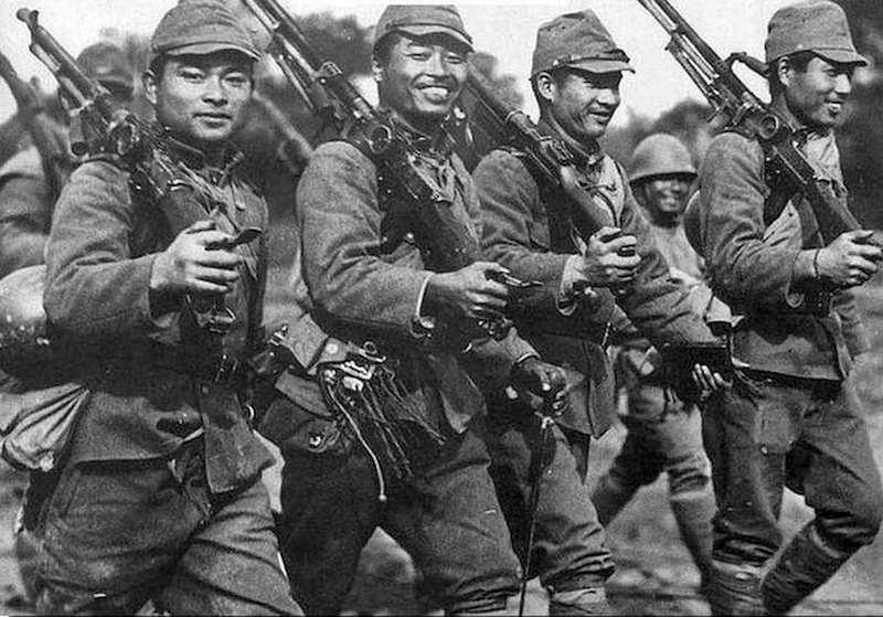 Vì sao người Nhật ít hơn gấp 10 lần lại áp đảo người Trung Quốc? - 1