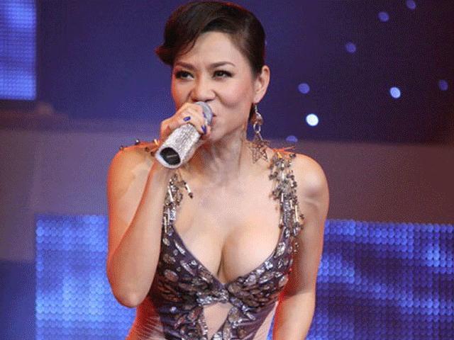 Thu Minh gặp áp lực muốn gọt gò má, bị vạch trần sexy từ năm 16 tuổi