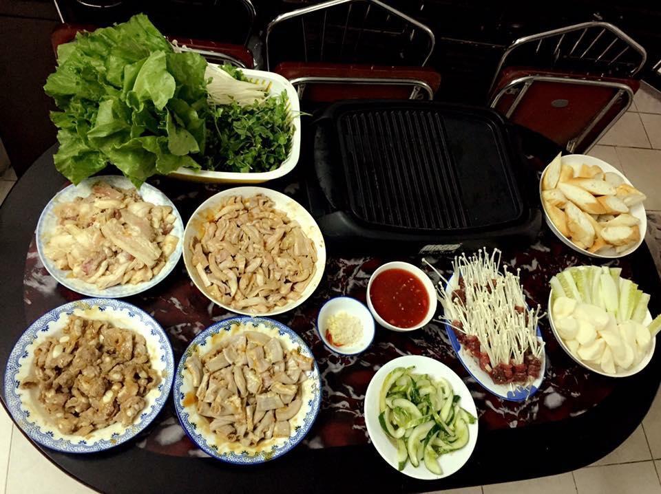 """""""Choáng"""" với mâm cơm 4 người ăn không khác gì đại tiệc - 10"""