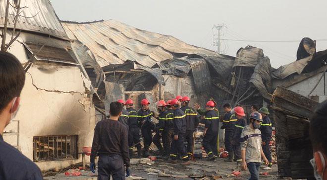 Vụ cháy nhà máy bánh kẹo: Tìm thấy thi thể không nguyên vẹn của nạn nhân cuối cùng - 1