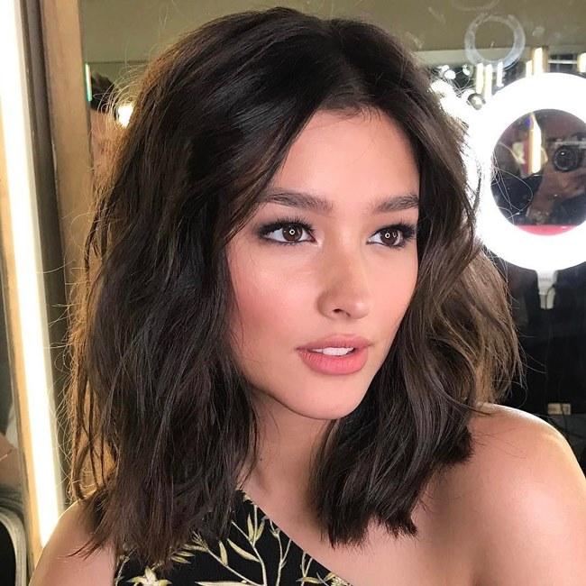 Liza Soberano - mỹ nhân được bình chọn có gương mặt đẹp nhất thế giới 2017 - là ngôi sao hàng đầu làng giải trí Philippines hiện nay