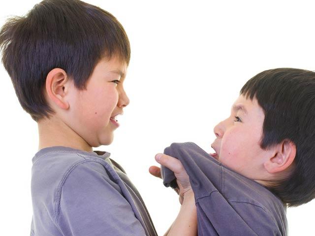 Cha mẹ cần làm ngay những điều sau để trẻ không bị bắt nạt ở trường - 1