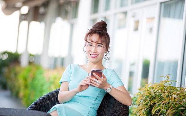 """""""Đánh úp"""" phút 90, nữ CEO Việt lọt top quyền lực thế giới """"bay"""" hơn 400 tỷ - 1"""
