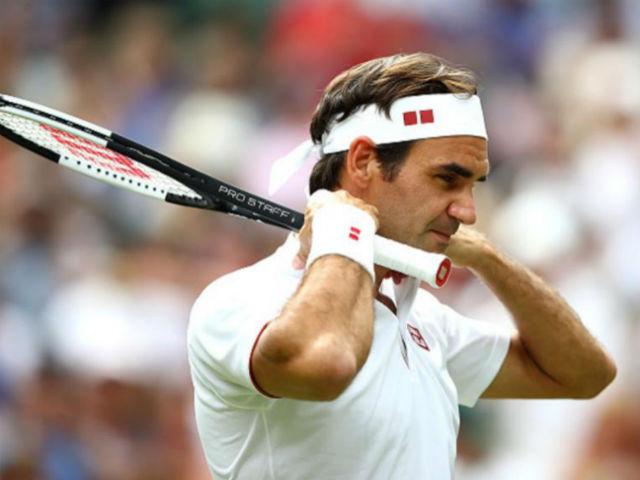 HLV Nadal mỉa mai Federer trốn đất nện: Khôn ngoan không lại với trời