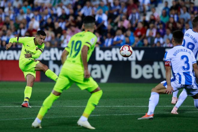 """Siêu phẩm vòng 6 và 7 La Liga: Coutinho vô-lê thần sầu đọ """"kiệt tác Beckham"""" - 1"""