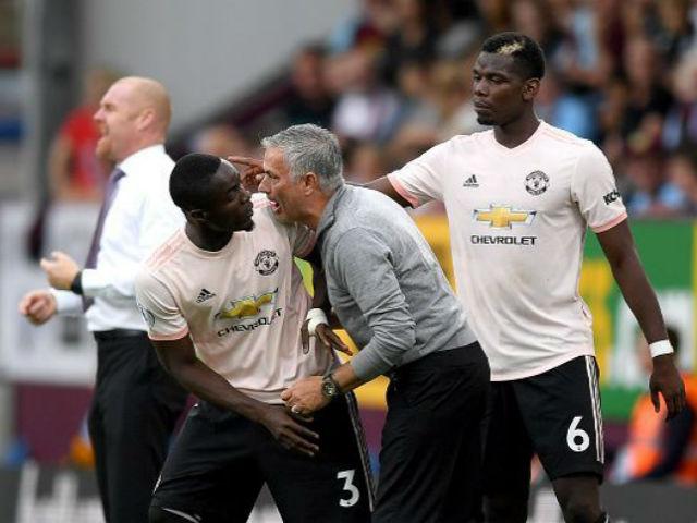 """Mourinho """"đốt"""" 382 triệu bảng MU vẫn điêu đứng: Đâu là lý do thực sự?"""