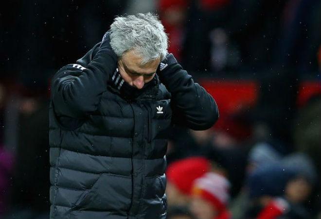 """Mourinho """"đốt"""" 382 triệu bảng MU vẫn điêu đứng: Đâu là lý do thực sự? - 1"""