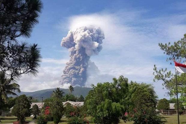 Sóng thần khiến 1.400 người chết ở Indonesia: Núi lửa thức giấc - 1