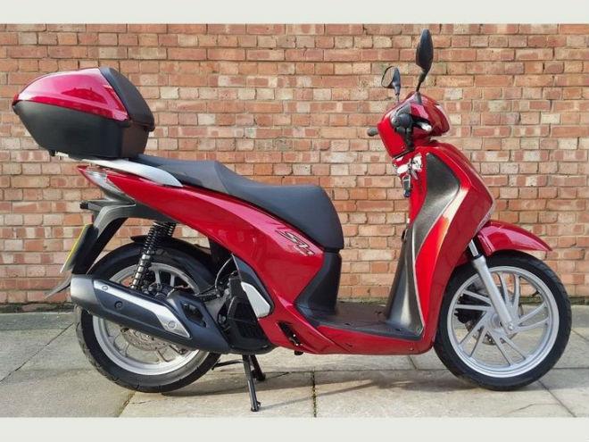 Ngắm Honda SH125 Ý cũ vẫn đẹp long lanh, giá 65,3 triệu đồng - 1