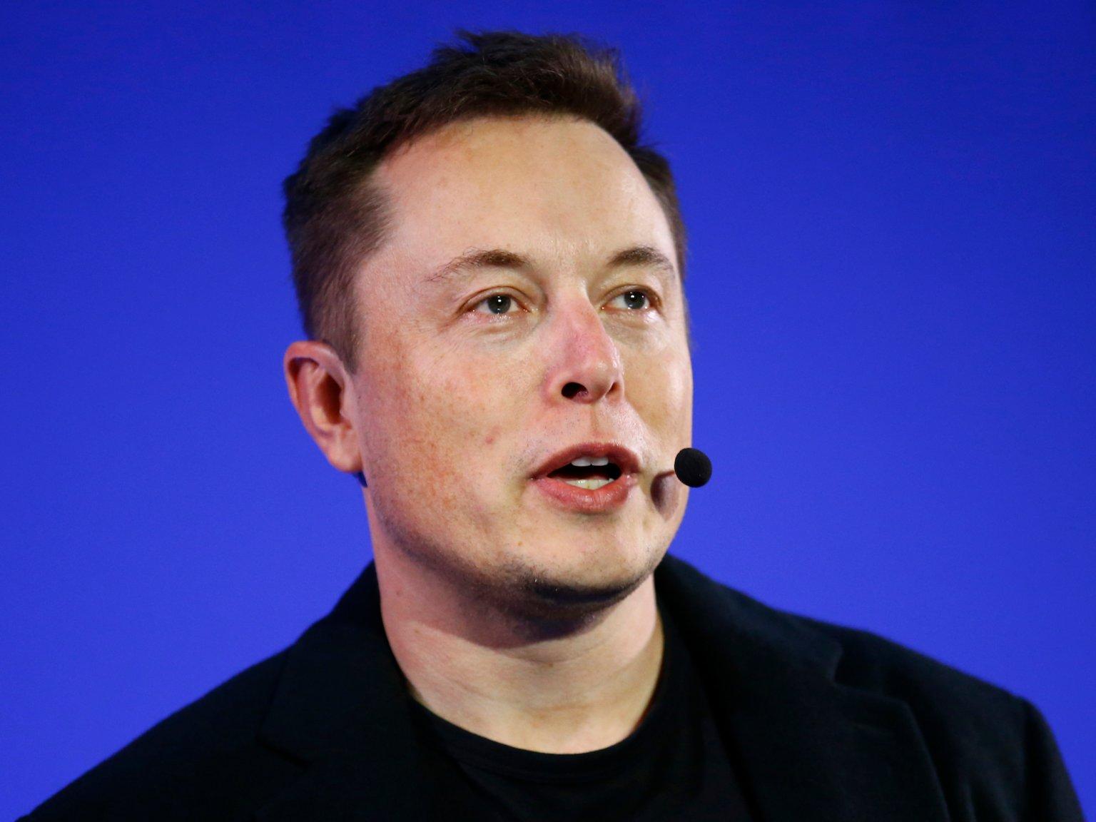 Sau một dòng tweet, Elon Musk ngay lập tức nhận trái đắng - 1