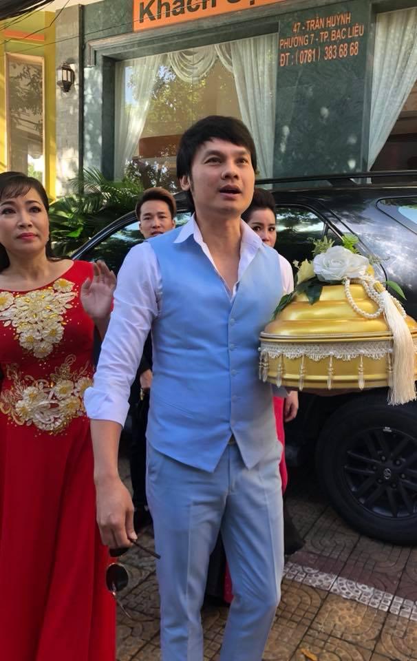 Dàn sao Việt đi bê tráp cho nghệ sĩ Trọng Nghĩa cưới vợ ở tuổi 52 - 1