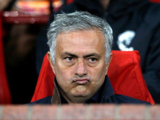 Tiết lộ cực sốc: Dàn SAO MU muốn thua Newcastle lật ghế Mourinho