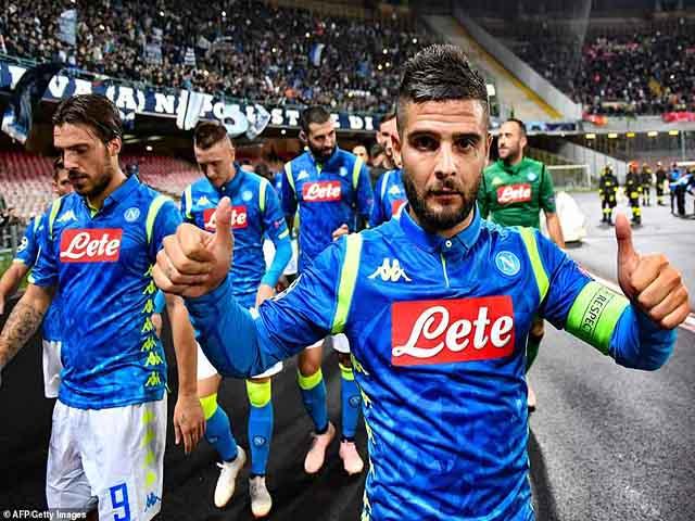 Liverpool thua sốc: Chói sáng Insigne & Màn tra tấn kinh hoàng ở Italia