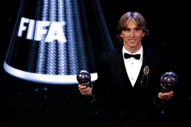 """Ronaldo bùng nổ Juventus: """"Báo thù"""" Modric, mơ vượt Messi vô đối bóng Vàng - 1"""