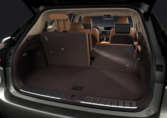 Ảnh thực tế Lexus RX350L 7 chỗ giá 4,09 tỷ đồng - 13