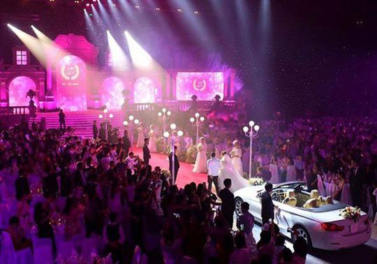 """Chủ tịch HĐQT Công ty Cấp thoát nước Quảng Nam nói về đám cưới """"khủng"""" của con trai - 1"""