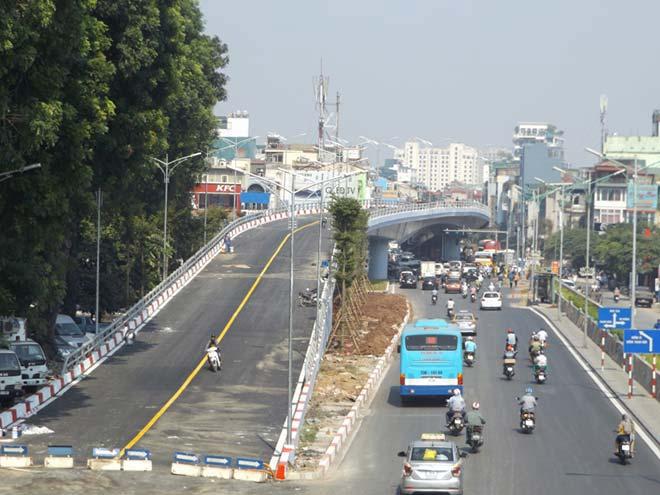 Ngắm cầu vượt hơn 300 tỷ sắp thông xe ở Hà Nội - 1